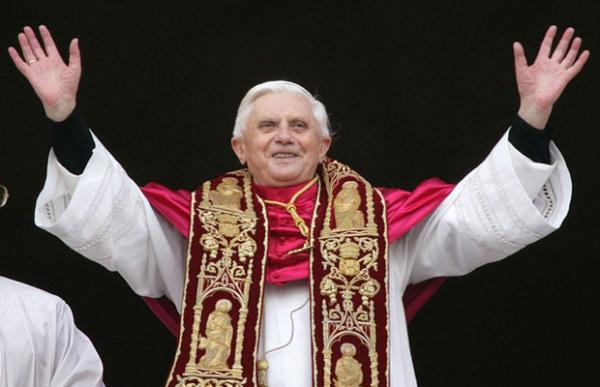 Pope Benedict XVI in St. Peters Sqaure